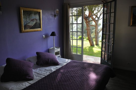 La Garrigue: room Iris