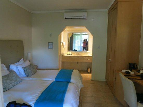 Cabanas, Sun City: Sleeping room