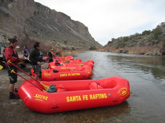 Santa Fe Rafting Company: The guides getting ready for our group