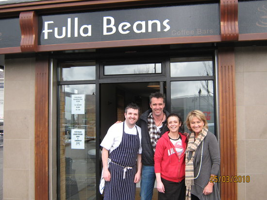 Fulla Beans Coffee & Food Bar: Celebrity Chefs Jenny Bristow & Kevin Dundon call in for lunch
