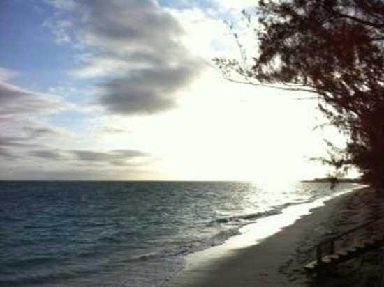 Hollywood Beach Suites Turks and Caicos: Morning Sunrise