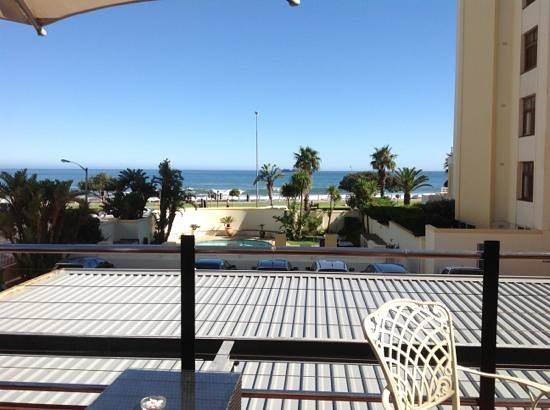 Premier Hotel Cape Town: view from the coffee time space