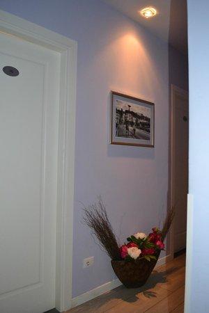 ลาเรซสิเดนซ่า เดลโลราโฟ: Corridor to rooms