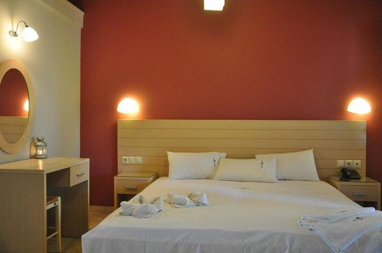 Rouda Bay Hotel: room
