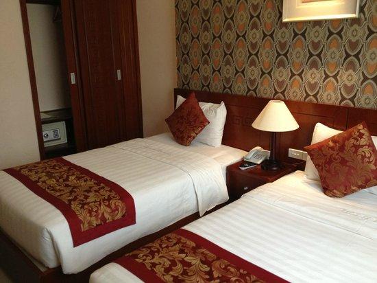 Icon 36 Hotel: room
