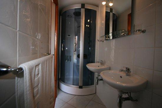 Au Petit Bled : Family room ensuite
