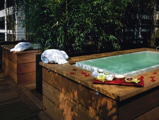 Hotel Vitale, a Joie de Vivre hotel: Excellent Tubs
