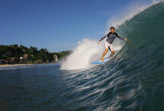 Foto Padang Padang Surf Camp