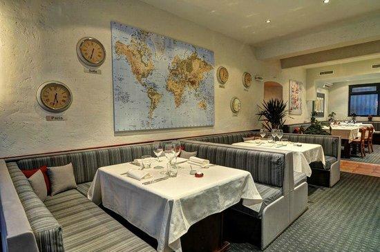 L'Instant: Vue de la salle du restaurant