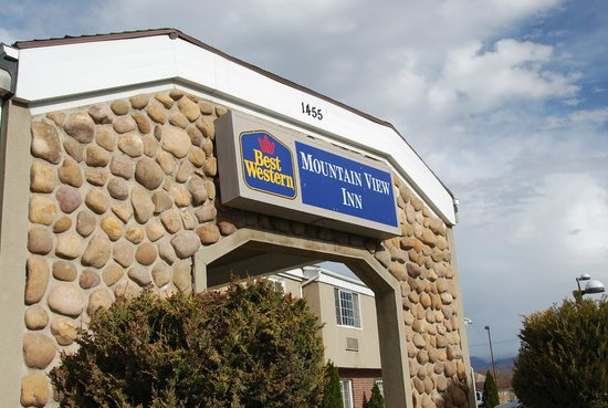 BEST WESTERN Mountain View Inn : front entrance