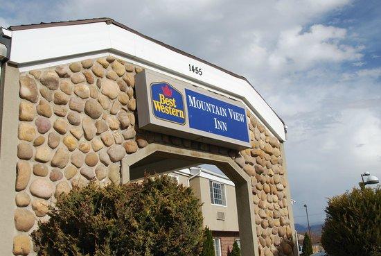 Best Western Mountain View Inn : front entrance