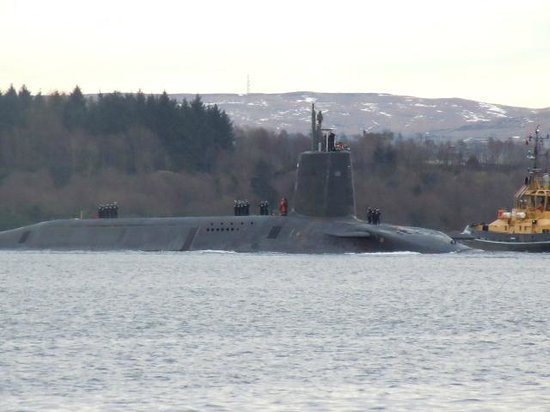 Rosslea Hall Country House Hotel: HMS Victorious coming home