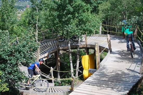 WinSport: Mountain Bike at the Park