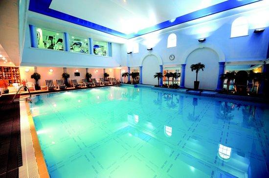 Royal Park Hotel Golf Range