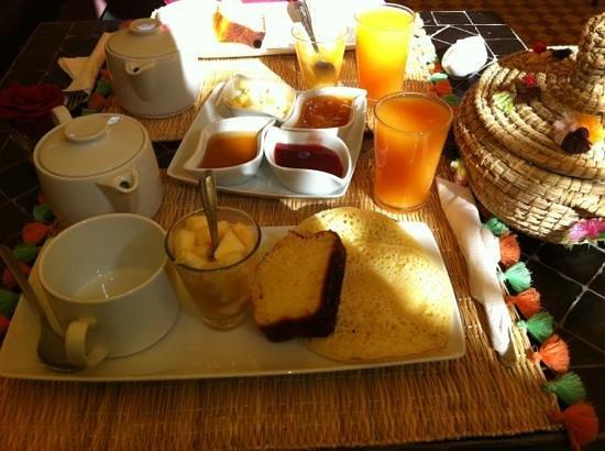 L'Heure d'Ete: Desayuno