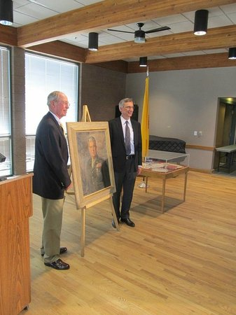 Bradbury Science Museum: Unveiling the portrait of Gen Groves (April 5, 2013)