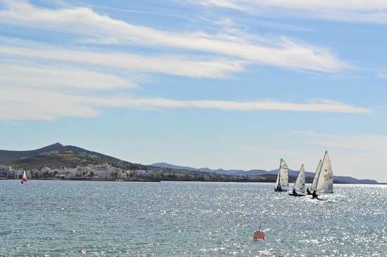 Naoussa Sailing Team : Sailing School - Parikia