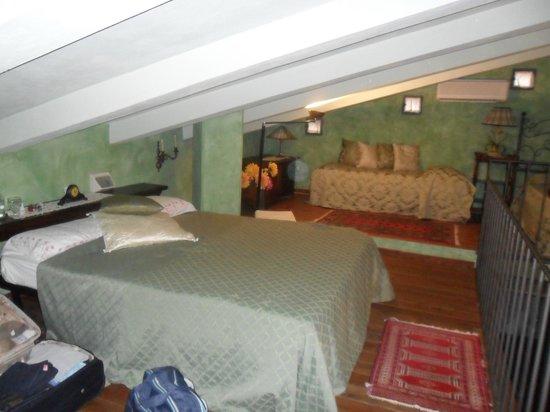B&B La Fattoria : camera da letto al piano superiore