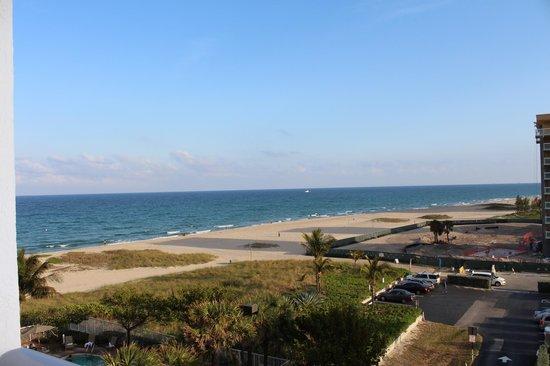Residence Inn Fort Lauderdale Pompano Beach/Oceanfront: beach view