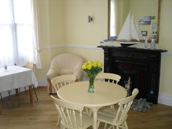 Southside bed and breakfast tenby pays de galles voir for Salle a manger wales