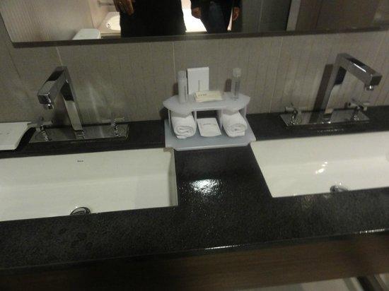 Holiday Inn Express Bogota: Amenities