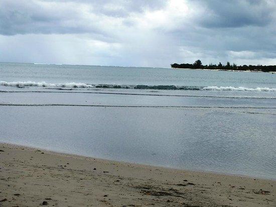 Tamarin Bay: T10