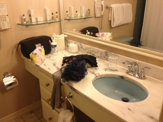 The Orchards Hotel: bathroom