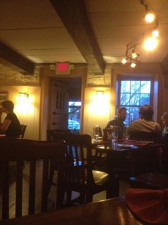 Rock and Rye Tavern: intimate dining area