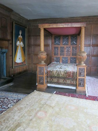 Castle Lodge: Bedroom upstairs