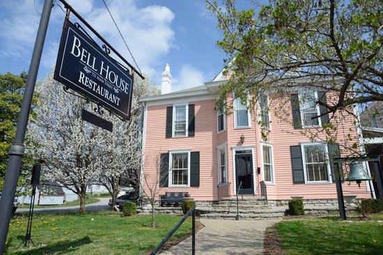 Bell House Restaurant: Bell House street view