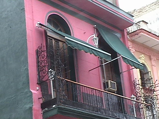 Casa Colonial Yadilis y Joel: HOUR HOUSE
