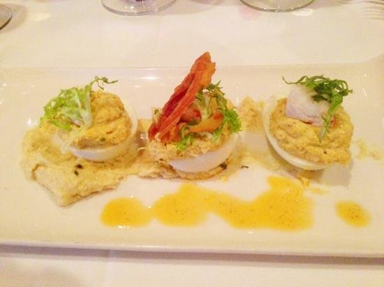 Deep Blue Bar and Grill: Crab deviled eggs.