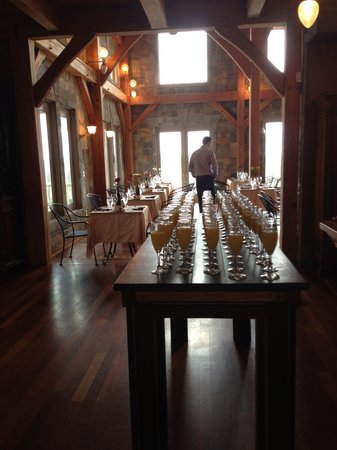 Frogtown Cellars: Mimosa table for Easter brunch