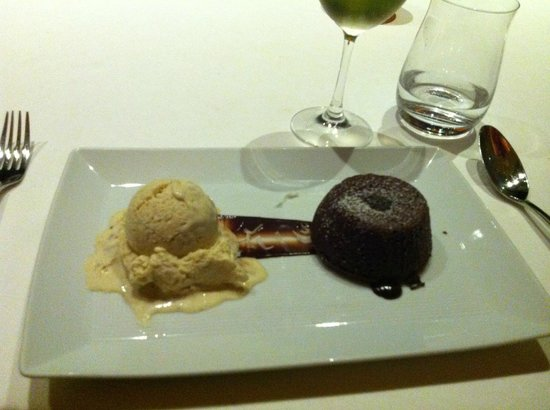 Spago: Chocolate cake and handmade ice cream