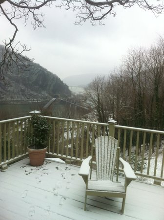 The Ledge House Bed and Breakfast: view from snow covered deck 1