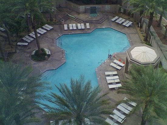 Hilton Grand Vacations on Paradise (Convention Center): View from a 10th floor south facing room
