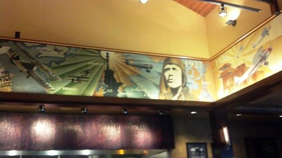 Doolittles Woodfire Grill : Aviation history mural surrounds main dining room