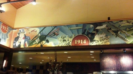 Doolittles Woodfire Grill: Aviation history mural surrounds the main dinning room, with a ceiling done as an old hangar roo