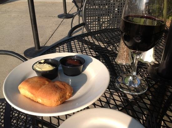 Southern Sisters: Fresh bread w/salted butter and apple butter...wine on the side!