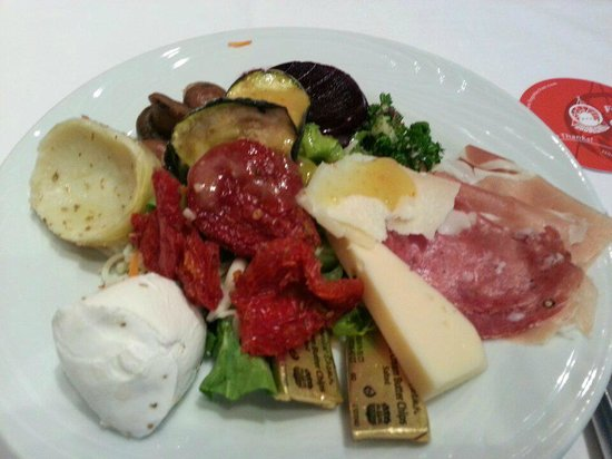 Fogo de Chao Brazilian Steakhouse: Salad, Cheese, Grilled Veggie Bar