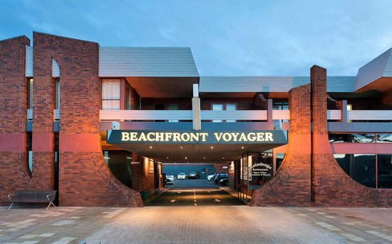 Beachfront Voyager Motor Inn: Entrance