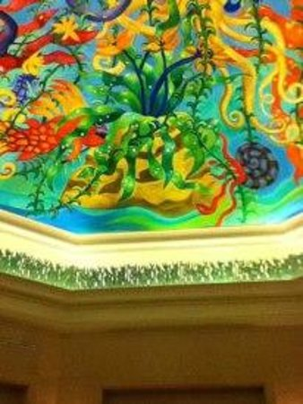 Atlantis, The Palm: Ceiling art