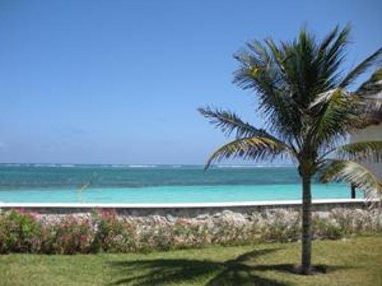 Tuna Beach Club Photo