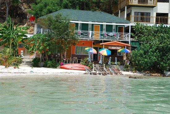 Phi Phi Beach Front : Beach