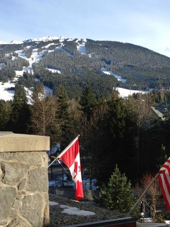 Pan Pacific Whistler Village Centre: View of Blackcomb Mountain from our hotel suite