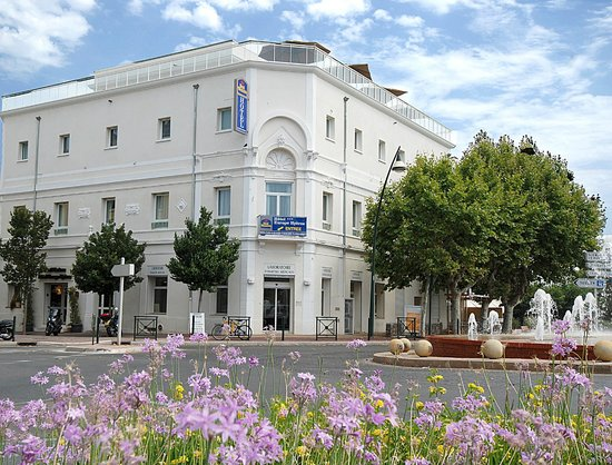 Best western hotel for Appart hotel hyeres