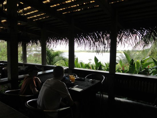 Lamanai Outpost Lodge: View of lagoon from dining room