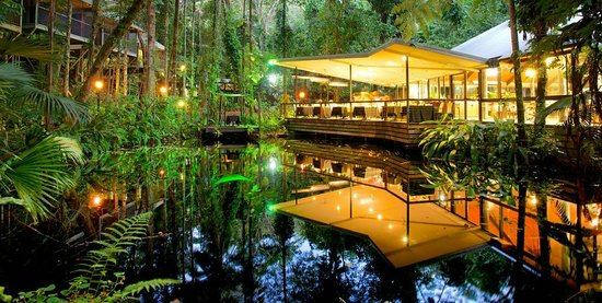 Daintree EcoLodge & Spa: Julaymba Restaurant, Bar and Loungeby night