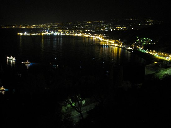 Bel Soggiorno Hotel: 廊下の窓からの眺め