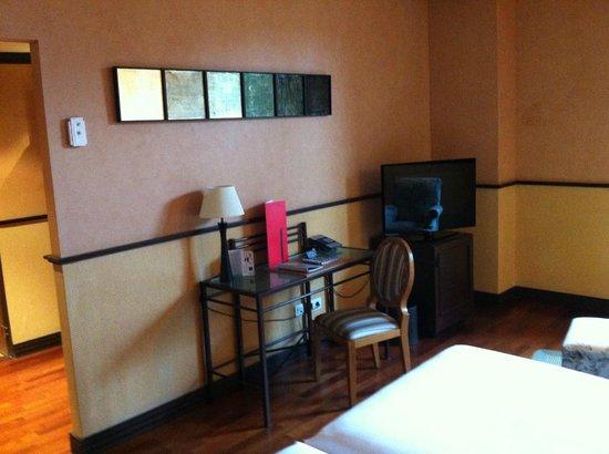 AC Hotel Ciudad de Tudela: Habitación